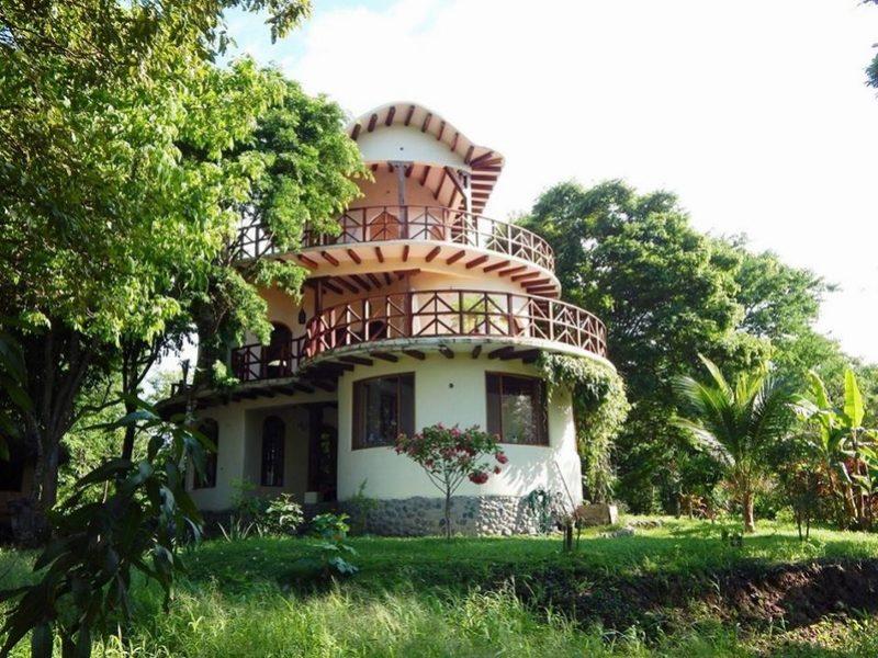Casa en venta playa escondida esmeraldas (11)