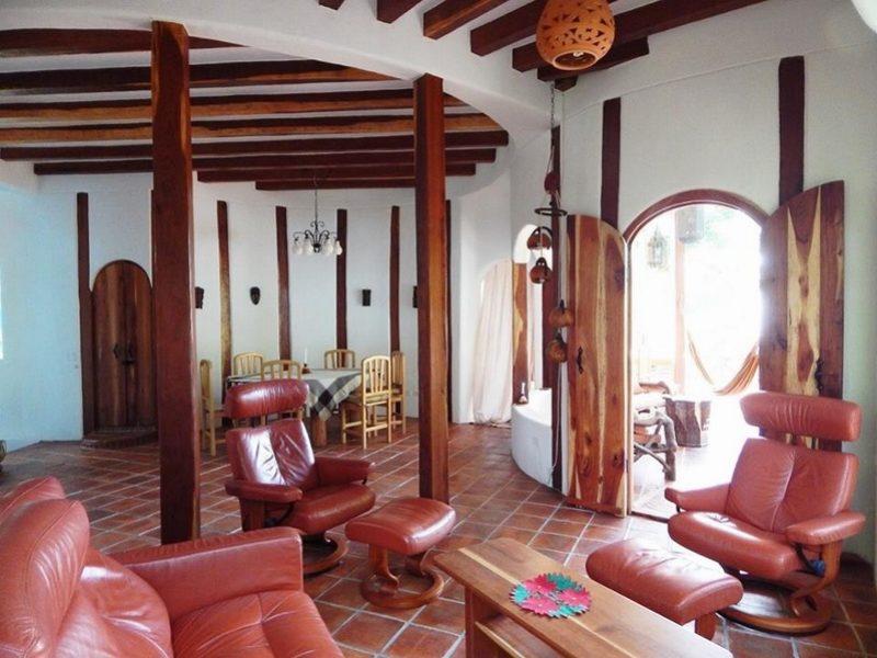 Casa en venta playa escondida esmeraldas (6)